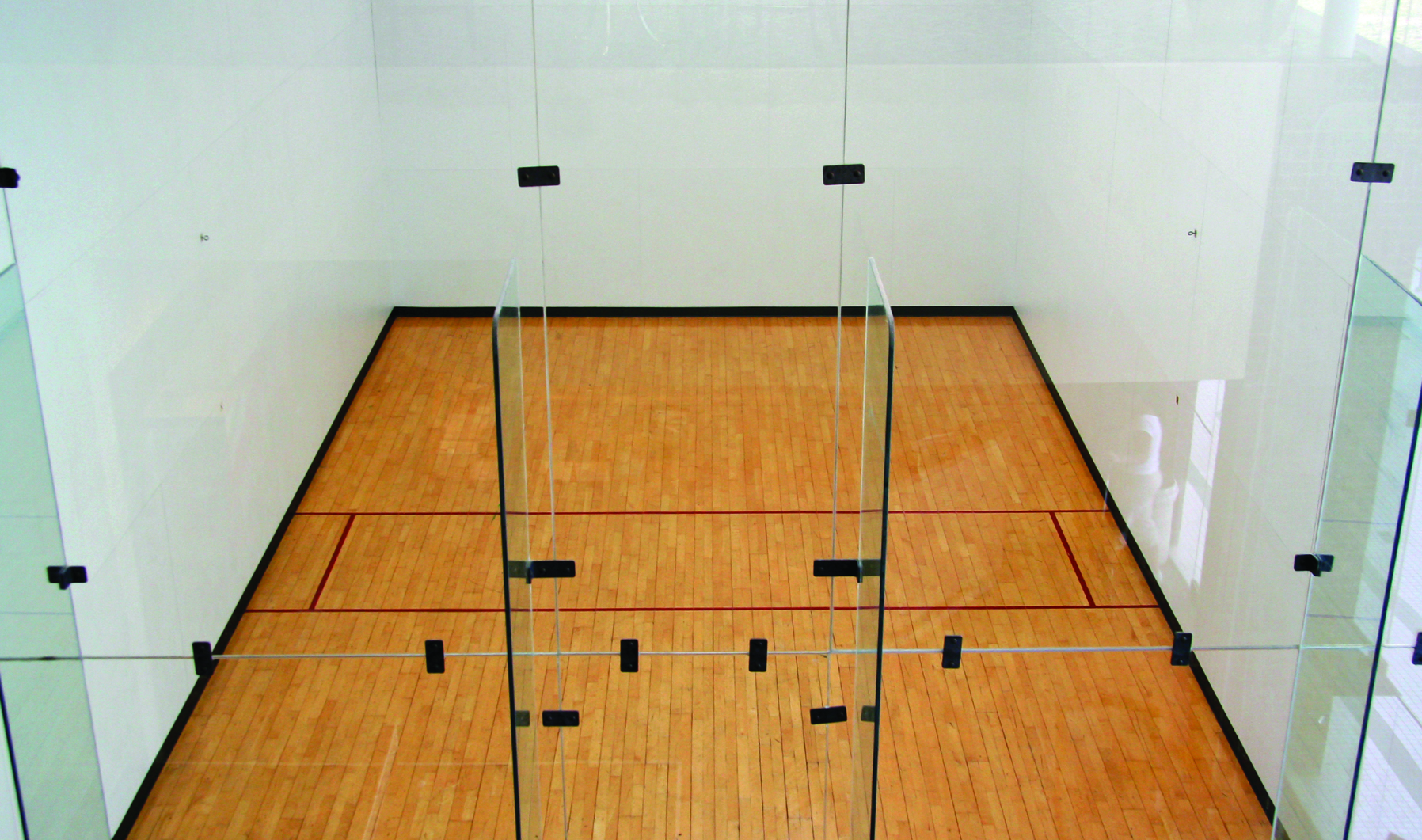 racquetball+court